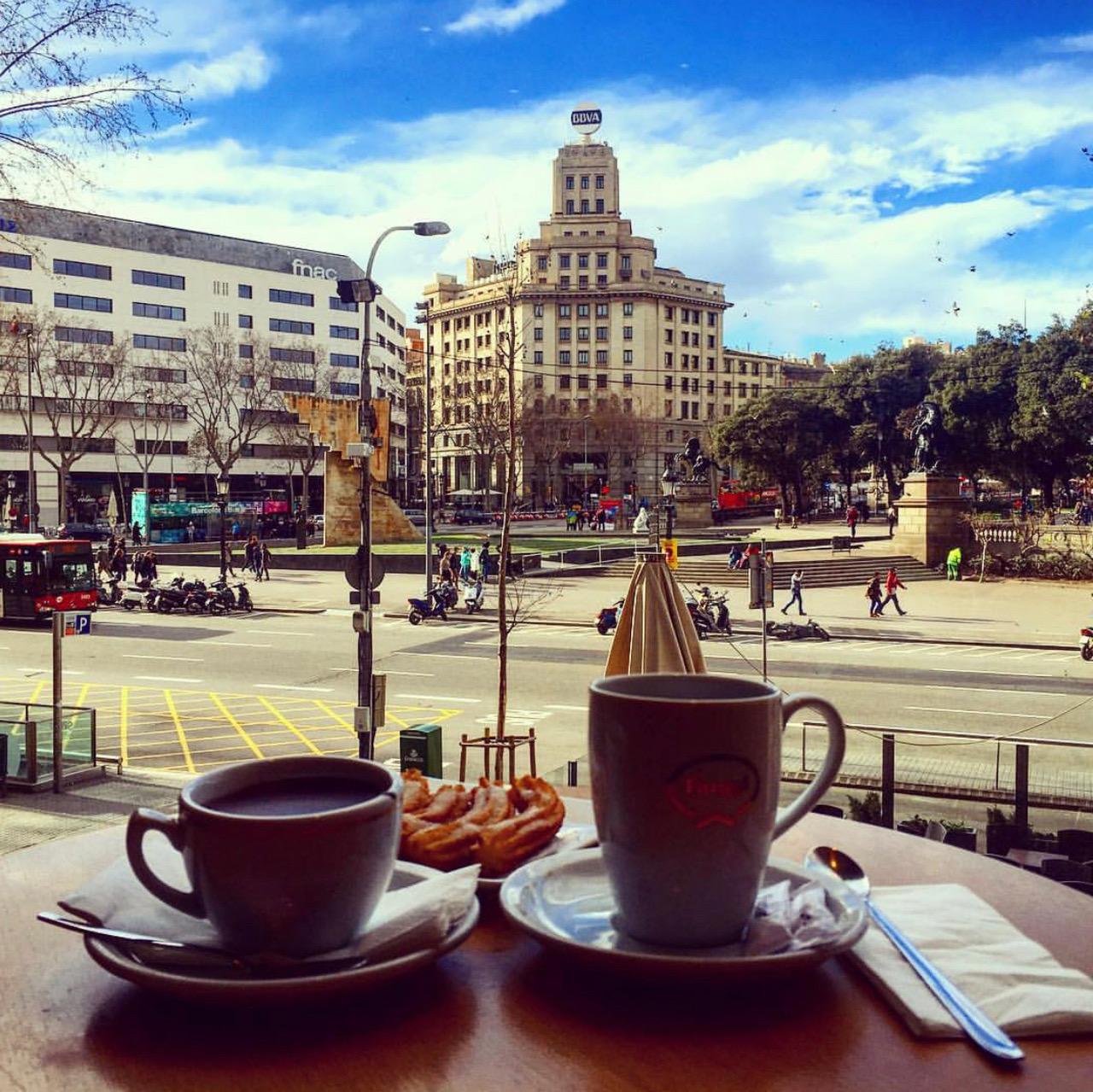 farggi-barcelona-plaza-catalunya